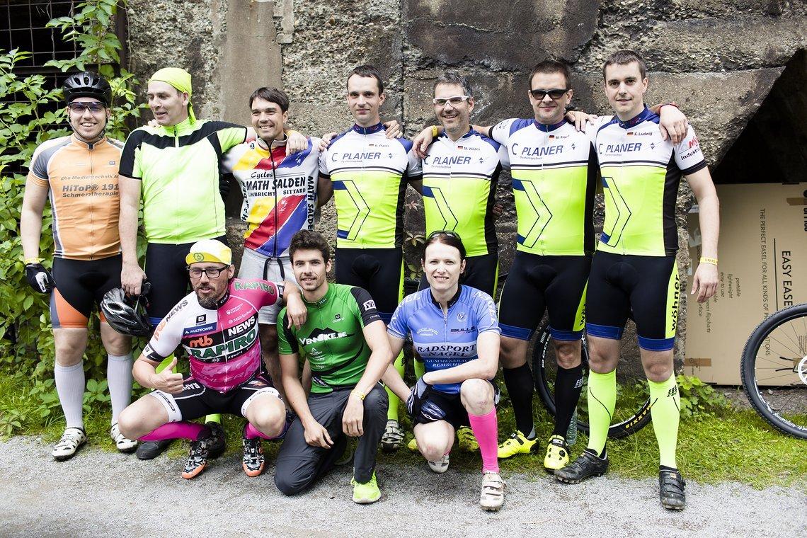 Unser Großaufgebot setzt sich aus 6 Solofahrern und zwei 2er Teams zusammen.