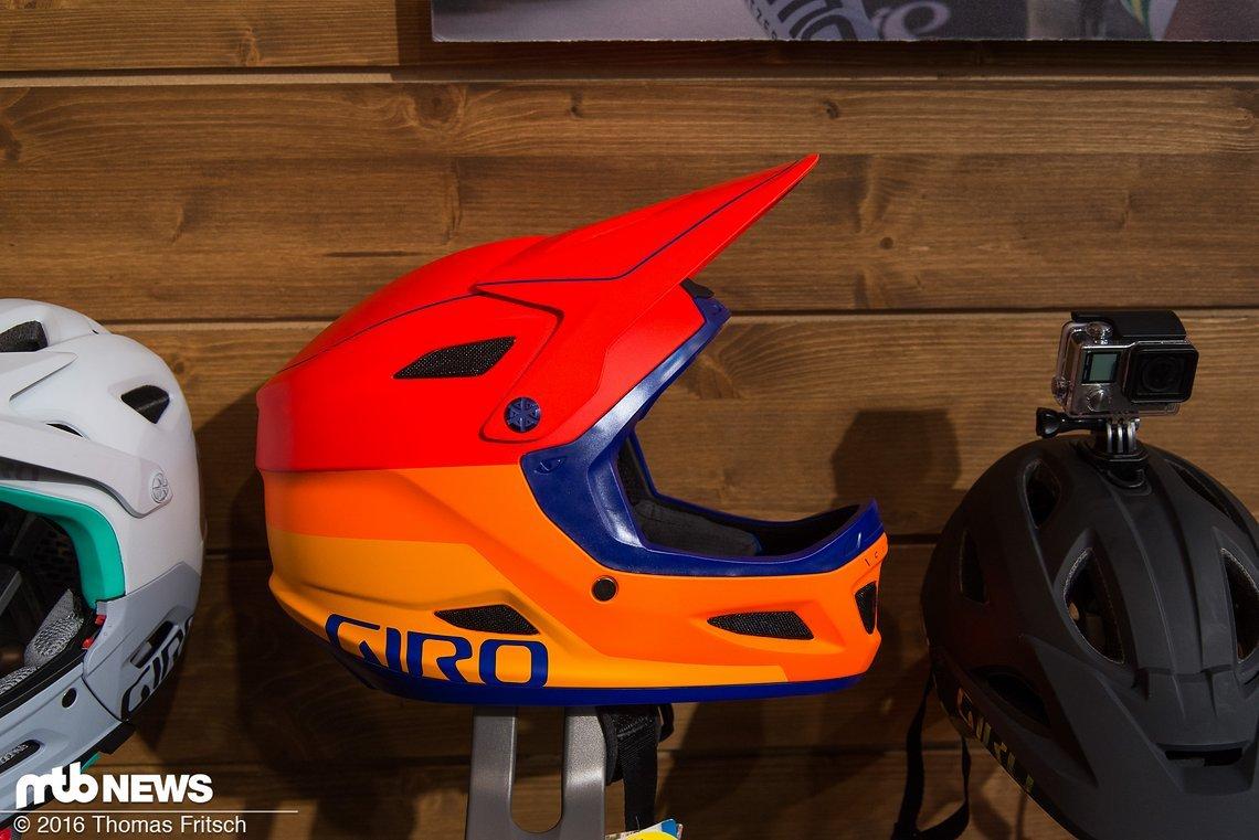 Der Downhill-Helm Cipher kommt in neuen, frischen Farben