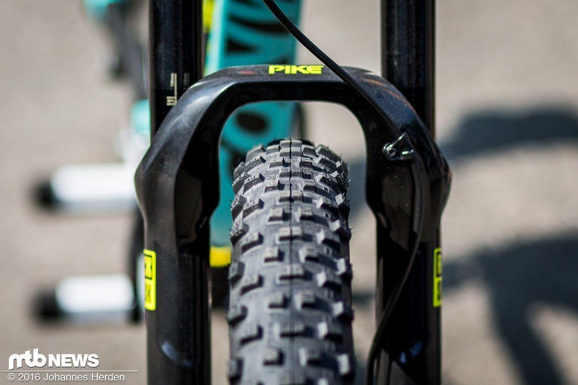 Genug Platz für breite Reifen