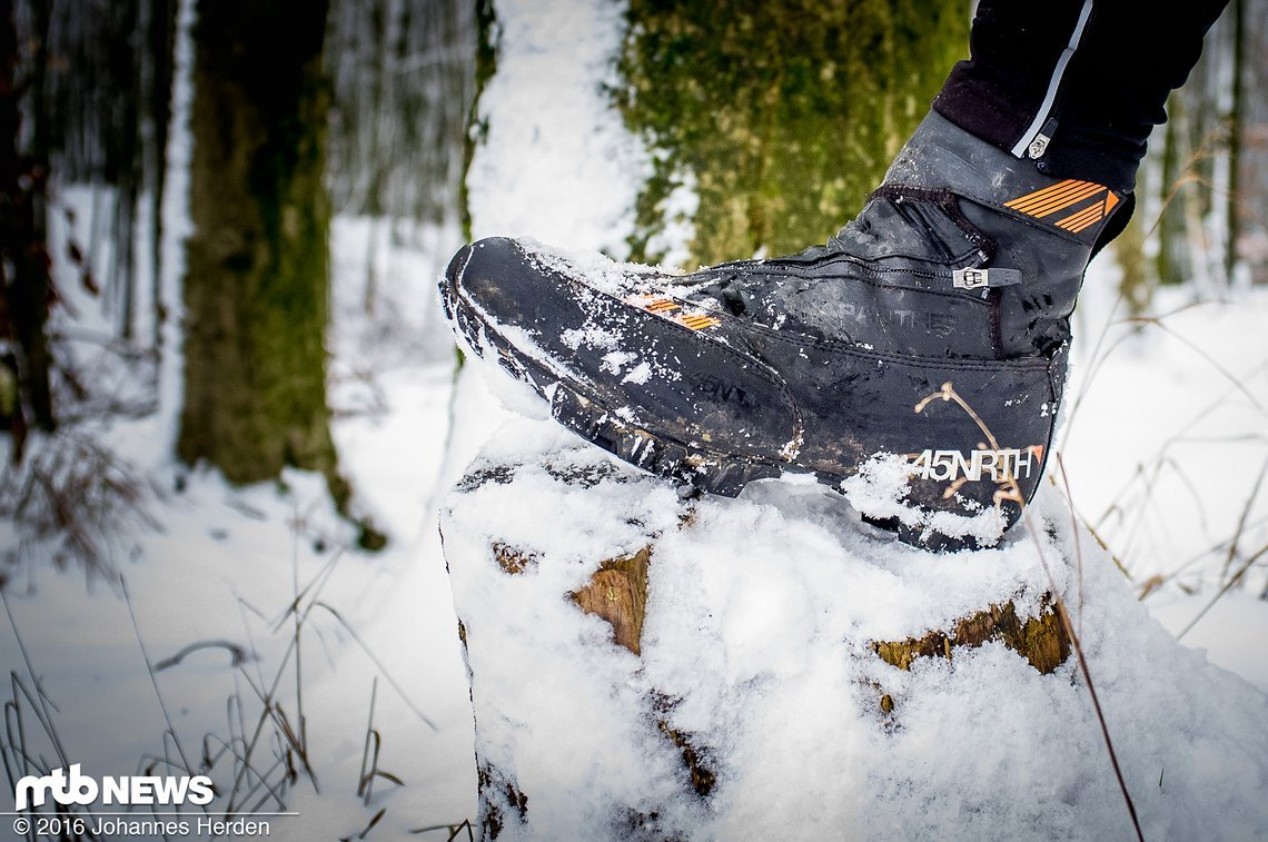 Auch im Schnee waren wir mit dem Schuh unterwegs - bis zu -4° haben wir getestet.