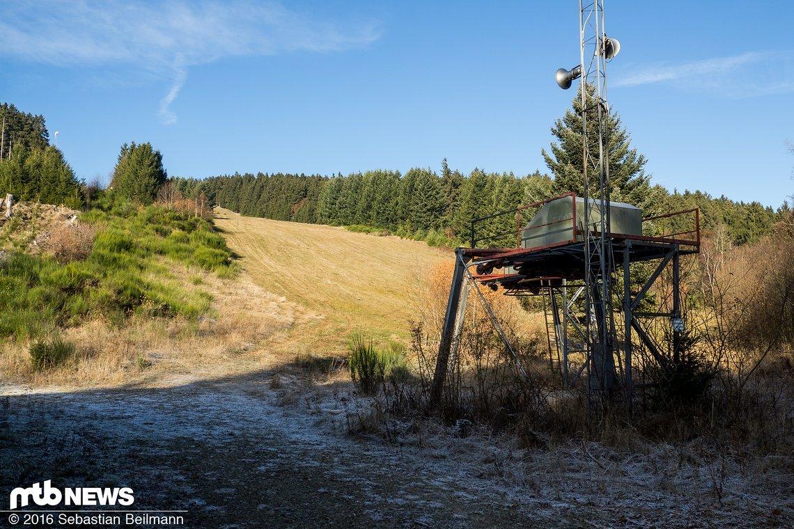 Bald wird hier ein neuer Lift stehen und Mountainbiker auf den Berg befördern