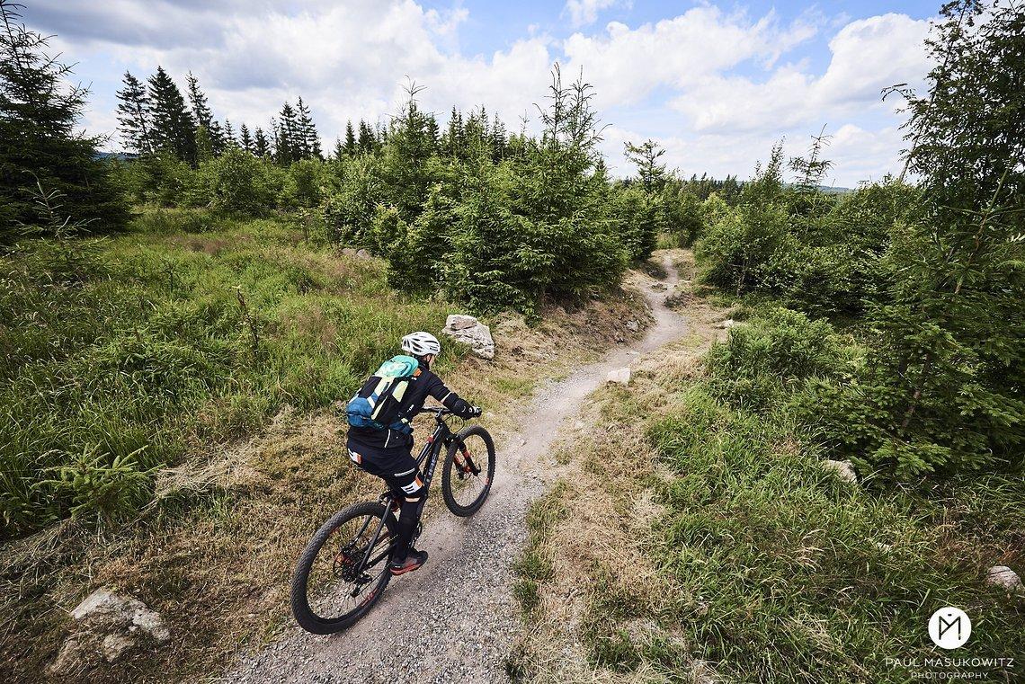 Wunderschöne, in die Natur integrierte Trails erwarteten uns im Erzgebirge