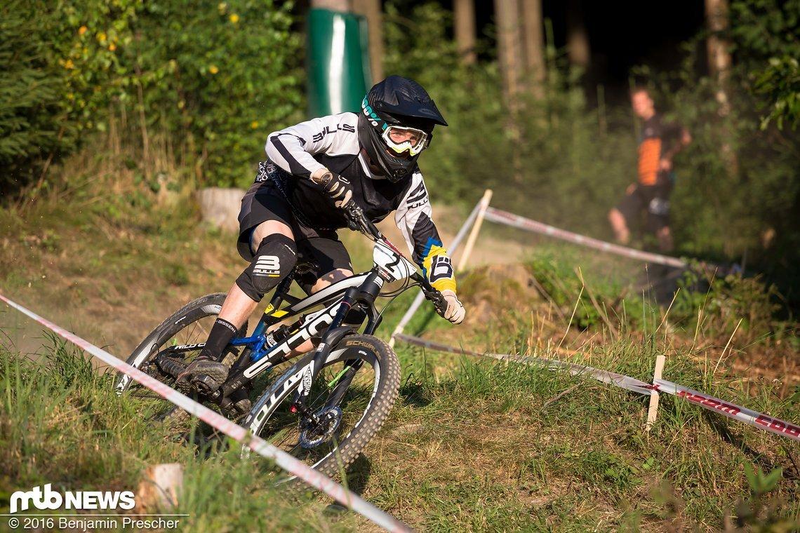 Christian Textor gewann letztes Jahr nicht nur die Deutsche Enduro-Meisterschaft, sondern konnte sich auch in der Gesamtwertung der SSES auf einem starken zweiten Rang platzieren.