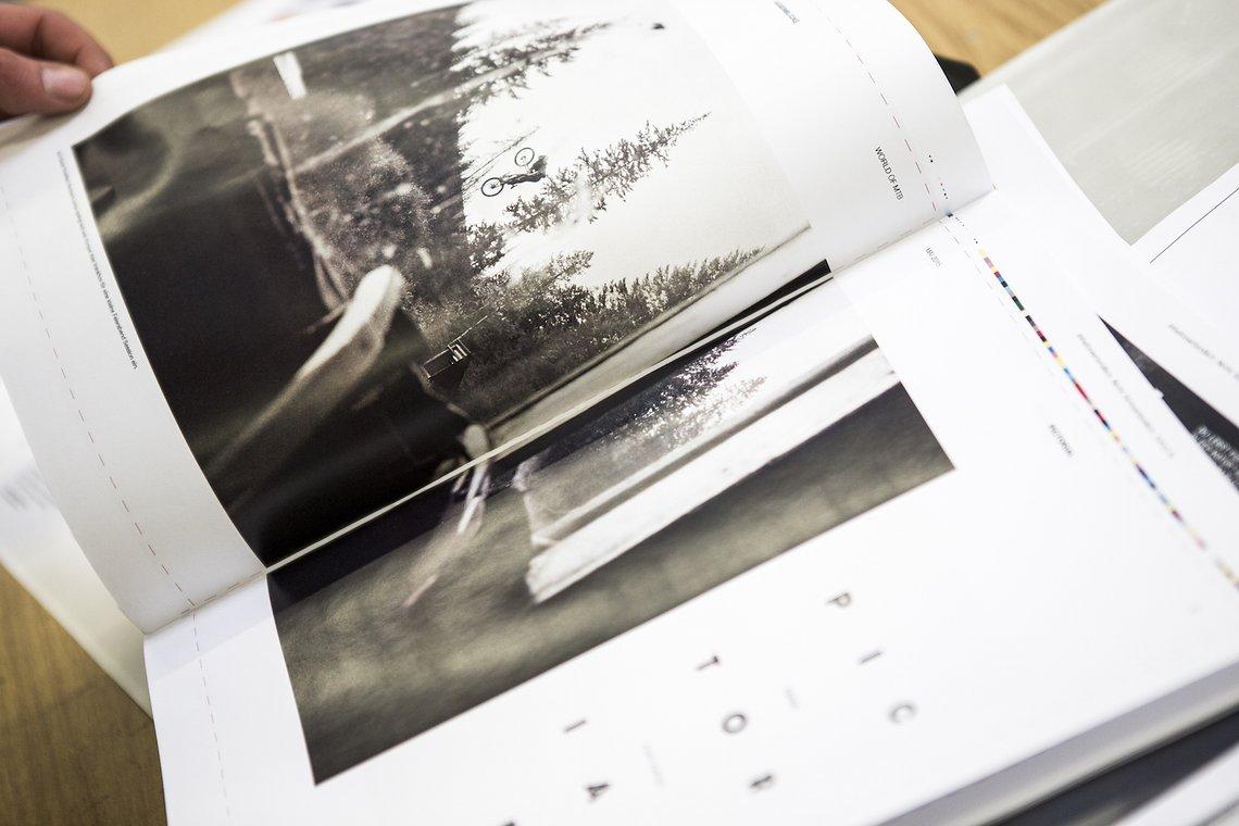 Und noch einmal Hoshi Yoshida. Sieben Seiten schwarz-weiß Pictorial mit analogen Leica Bildern.