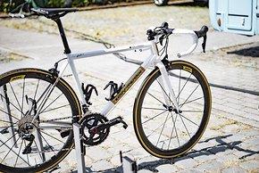 Das Design orientiert sich am Merckx Rad vom Tour-Sieg vor 50 Jahren