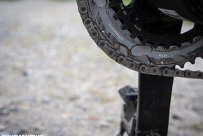 Das äußere Kettenblatt besitzt einen anderen Lochkreis-Durchmesser als bisherige AXS-Kurbeln, nämlich 107 mm