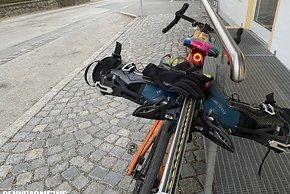 Wer mit dem Rad auf Skitour fahren will, sollte etwas vorbereitet sein.