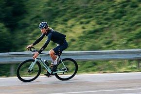 Das Gain unterstützt bis 25 km/h, dabei soll es sich dank einer neuen Motorsteuerung natürlich anfühlen