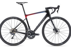 Giant Defy Advanced Pro1: Shimano Ultegra R8000 2x11