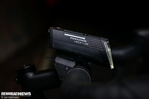 Der Trelock LS 660 iGo Vision Lite ist ein robuster, einfach zu bedienender Scheinwerfer für jeden Tag
