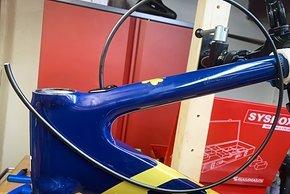 Der Selbstaufbau eines Rahmens mit innenliegenden Zügen und Leitungen verlangt schon etwas höhere Schrauberkenntnisse