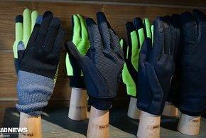 """""""Normale"""" winddurchlässige Handschuhe aus Wolle hat Giro ebenfalls im Programm"""