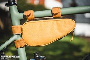 Die Multi Frame Bag kann im Rahmendreieck oder darüber an Sattelstütze und Oberrohr montiert werden