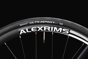 Radon setzt mit Ausnahme des Vaillant auf 28 mm breite Reifen; bei den Laufrädern gab es einige Änderungen