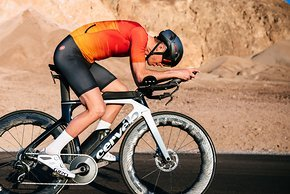 Alle Modelle mit den neuen, kantigen Zipp Logos sind Tubeless kompatibel, auch die 454 NSW und 858 NSW (Bild)