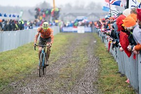 Corné van Kessel war der zweitbeste Niederländer – aber er  umrundete den Kurs schon 1 km/h langsamer als der neue Weltmeister