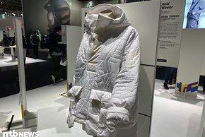 Vielleicht ist dieses Stück aus der Adidas Terrex Kollektion ein bisschen sehr modisch gestaltet