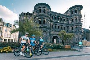 Die 3. Etappe startet direkt vor der Porta Nigra in Trier