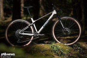 Rennmaschine aus der Schweiz: das neue BMC Twostroke.