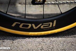 Custom Roval Carbon Laufräder mit 50 mm Profilhöhe