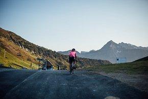 So ruhig erlebt wohl kein offizieller Tour-Teilnehmer einen Bergpass.