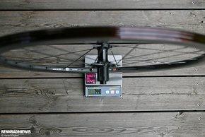 744 Gramm für das Hinterrad