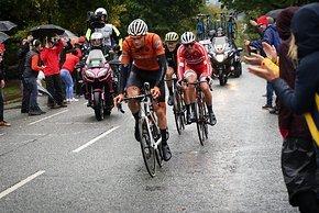 Mathieu van der Poel fuhr zunächst stark, fiel aber dann aus der Gruppe um Pedersen, Moscon, Trentin und Küng heraus