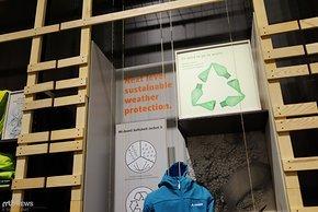Schwierig ist in der Realität nur häufig, die verschiedenen Kunststoffe wieder sortenrein zu trennen.
