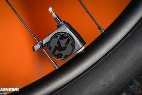 Der Airspy überwacht den Reifendruck in Echtzeit und sendet den Wert an Endgeräte