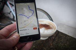 Beim Kaffee noch schnell die Route am Smartphone planen?