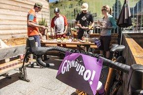 Im Preis ist neben einem Zeltplatz auch die Verpflegung auf dem Rad und im Race-Village inbegriffen.