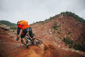 pyrenees-orientales-altitude-adventures-mtb-outsideisfree-adrien-redearth