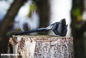 Mit zwei verschiedenen Bügellängen sollte die Brille allen BikerInnen passen.