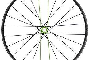 Der nahezu baugleich UL250 TRA-Laufradsatz ist deutlich leichter und soll bei Dropbar-Fahrern für Begeisterung sorgen.