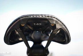 ..von den S-Works Power-Modellen. Zwei Breiten, 143 mm und 155 mm, sind ab sofort verfügbar