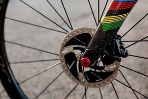 Trotz Disc-Bremse soll das Addict RC am UCI-Limit liegen