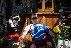 Andy Müller kam mit 10 Stunden Schlaf über die 1.200 km