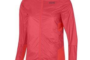 Die Jacke ist in den Größen 34-42 für 99,95 Euro erhältlich.
