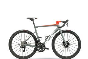 Die BMC Teammachine SLR 01 TWO