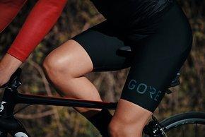 Die Womens Long Distance Shorts+ ist selbstverständlich speziell für Frauen entwickelt.
