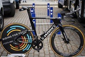 Deceuninck Quick-Step war ebenfalls bereits auf dem neuen Specialized Shiv TT unterwegs