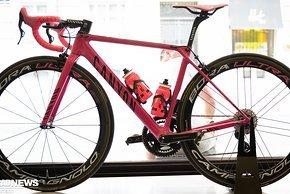 Das Canyon Ultimate CF SLX zum Giro-Sieg 2019 von Richard Carapaz