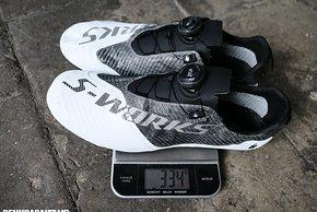 So wenig wiegen nur ganz wenige Rennradschuhe