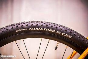 Die Continental Terra Trail Reifen in 47 mm in 650b für ordentliche Geländegängigkeit