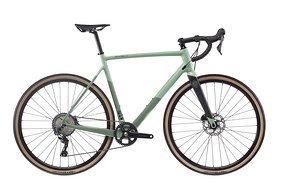 Zu haben sind 2 Farbvarianten: ein eher gedecktes Oliv-Grün...
