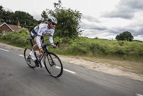 Weltmeisterin Chantal Blaak von Boels Dolmans auf dem neuen Venge Disc...