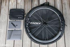 Auch bei Zubehör und Verpackung achtet Cadex auf einen hochwertigen Eindruck