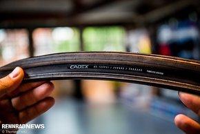 Der neue Cadex Race Reifen hat einen Wulst mit Carbonfasern. Preis  79,90 € (UVP)