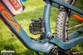 Die Stompump kann bis zu 60 psi in einen Reifen füllen …