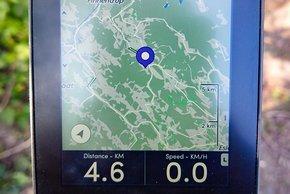 In der Kartenansicht kann auch eine Route erstellt werden, in dem ein Zielort durch Touch ausgewählt wird